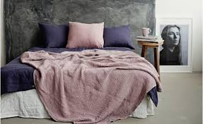 to mix and match linen bedding