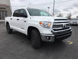 New 2017 Toyota Tundra 4x4 Crewmax SR5 TRD Off-Road Package DY5F1T ...