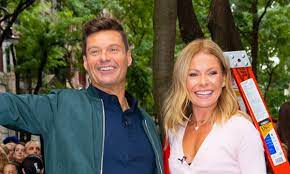 When is Kelly Ripa returning to Live ...