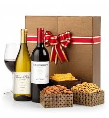 Wine Gifts: Classic Holiday Wine Duet