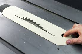 picture of diy zero clearance table saw insert