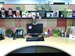 ideas for decorating office cubicle. Decorate Office Desk Ideas At Work Personalize Your  Space How To Use For Decorating Cubicle D