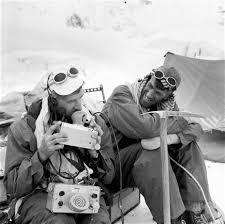 Last Everest 1953 team member George Lowe dies