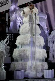 © provided by cover media jennifer lopez. Mariah Carey Awkward Reaction To Hearing Jennifer Lopez Music France24 News English