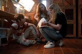 About Netflix - 'Fear Street': How R.L ...