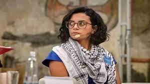 ماهينور المصري أمام النيابة: الوطن باقٍ والأشخاص زائلون