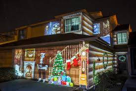 What Are The Best Christmas Projection Lights Awesome Christmas Light Projectors And Houses Lit Up Time