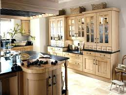 kitchens with cream colored cabinets extraordinary cream colored kitchen cabinets digital image inspirational kitchen wall color