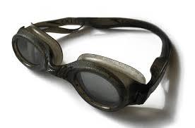 <b>Очки для плавания</b> — Википедия
