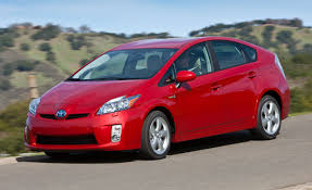 2010 Toyota Prius – Review – Car and Driver