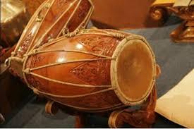 Alat ini diciptakan oleh suku bukit yang tinggal di sepanjang pegunungan meratus. Alat Musik Tradisional Kalimantan Utara Ruangbimbel Co Id