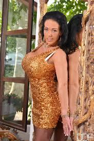 Top Heavy Temptress Delz Angel 0DayPorno