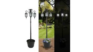 Sunergy 50408190 Madison Solar Lamp Post And Planter With 3 Solar Lighting Lamps