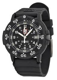 man s guide to dive watches how to buy the right diver s watch luminox men s 3001 original navy seal dive watch