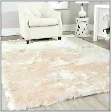 astounding big fluffy rugs interior big white fluffy rug designs outstanding rugs 0 big fluffy rugs