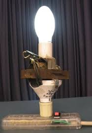 the mercury vapor lamp how it works & history Mercury Vapor Ballast Wiring Diagram a mercury vapor with a transformer (ballast) build into the base mercury vapor light ballast wiring diagram