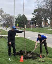 SDSU holds Arbor Day event | South Dakota State University