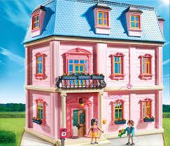Arredare la casa delle bambole cose di casa