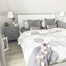 Instagram Wohnemotion Landhaus Schlafzimmer Modern Grau Weiß