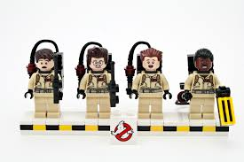 Small Picture Review LEGO 21108 Ghostbusters Ecto 1 Rebrickable Build with