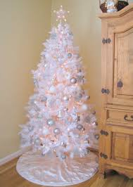 White Christmas Trees Decorated Chic Black And Whitepretty Christmas Tree  Decorated White And Silver Christmas Tree Decorated White And Silver