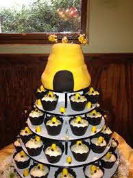 Baby Shower Cakes - Bee themed baby shower | cakes | Pinterest ...