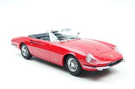 Designed by pininfarina and fitted with a 4390 cc v12 colombo engine. Kk Scale 1 18 Ferrari 365 California Spyder 1966 Red Catawiki