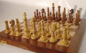Wooden Game Pieces Bulk Indian Artistic Chess PiecesCarved Chess SetStorage Chess Box 62