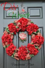 Wreaths By Design Walker La Beachwood Place Traditional Diy Christmas Wreath
