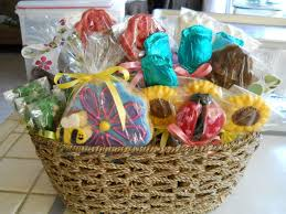 ideas for gift baskets for silent auctions