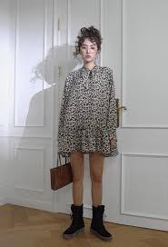 2018年最新版韓国ファッションの流行をチェックワンピやブラウス