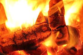 Braunkohlebriketts Für Langanhaltende Wärme Heizungde