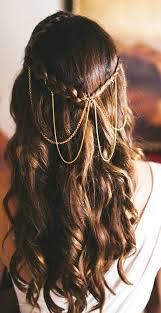 10 Coiffures De Mariées Aux Cheveux Dor Mariagecom