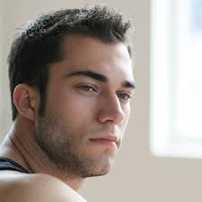 best hairstyles for men with thin hair 1