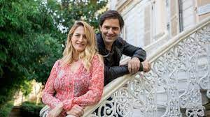 Canan Ergüder'den eşi Kenan Ece ile pazar pozu - Son Dakika Haberler,  Güncel Haberler - Habertanim.com