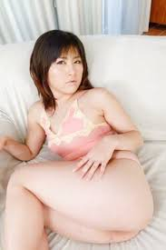 Erotic Photo Of Asian Babe Page 63