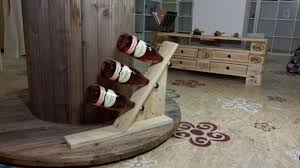 22 Simply Clever Homemade Pallet Furniture Designs To Start Right Now Homesthetics Wooden Pallets Diy Projects  O