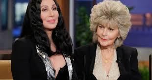 All i ever need is you. A 92 Ans Georgia Holt La Maman De Cher Est Tres Metoo Le Huffpost