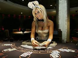 casino girl | online casinos almost always offer a highly at… | Flickr