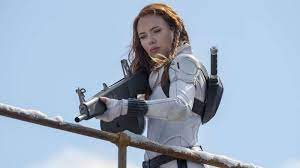 Review: 'Black Widow' is a Marvel movie ...
