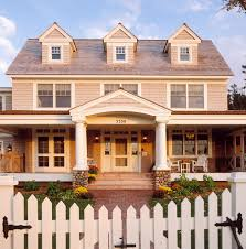 Colonial Decorating Photos Hgtv From Colonial House Plans To Modern Day Southern And