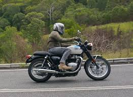 2017 triumph bonneville t100 review motorbike writer