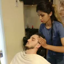 artista hair beauty makeup studio erandwane beauty parlours in pune justdial