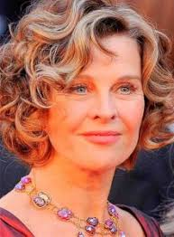 hairstyles for women over 50 naturally curly