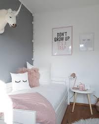 Die Farbkombination Grau Weiß Und Rosa Ist Die Perfekte Wahl Für