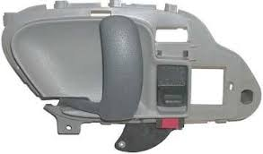 1995 1996 1997 1998 1999 chevrolet suburban gray lh drivers side inside door handle for chevy