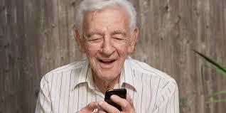 Image result for pensionar cu telefon poze
