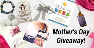 mother s day giveaway 121 worth of gifts plus 175 in amazon cards