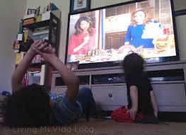 kids watching tv at night. i\u0027m on disney junior\u0027s dj night light! kids watching tv at