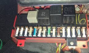 view topic fuse box and relay help due to dash clocks still not Fuse Box Not Working pic of my fusebox for reference (maybe there is something obvious in this pic ??) my fuse box is not working